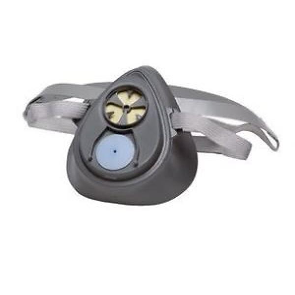 3M 1200 Half Face Respirator With Catridge