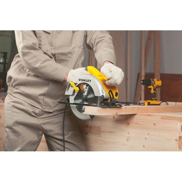 Stanley STSC1518 Circular saw 180mm 1510w